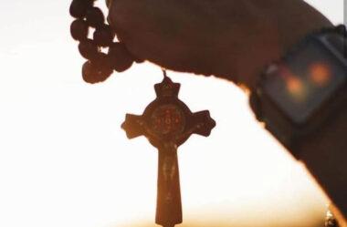 Com o Santo Rosário